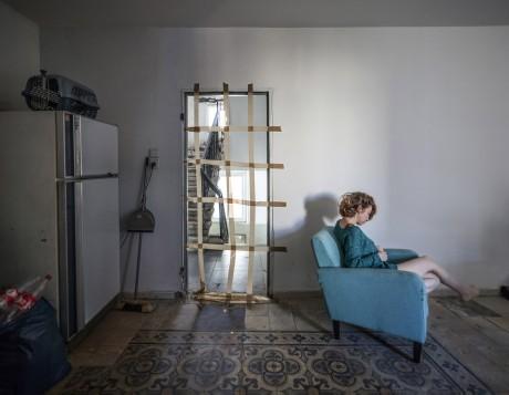 אילן כרמי אצל הילה ווגמן, הילה קוראת, 2016