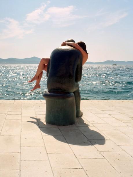 The Hug (זאדאר, קרואטיה) _ דניאל רוזנקרנץ ודנה וינגרט